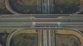 Scambio del raccordo a quadrifoglio dell'autostrada senza pedaggio stock footage