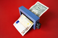 Scambio di soldi magico Immagine Stock Libera da Diritti
