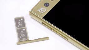Scanalatura di carta SIM doppia fotografia stock libera da diritti