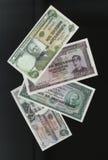Scanarray fyra sedlar av 50.100, 500 och 1000 Escudos centralbank av Mocambique Arkivbild