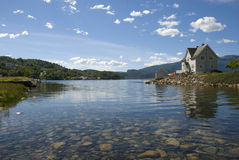 Scandinavian house on hardangerfjord Royalty Free Stock Photos