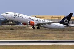 Scandinavo (SRS) 737 che decollano Fotografia Stock Libera da Diritti