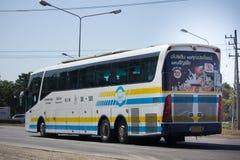 Scania ônibus de 15 medidores da empresa de Sombattour Foto de Stock