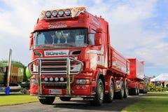 Scania adapté aux besoins du client R620 pour la construction sur l'exposition de camion Photographie stock
