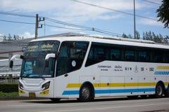 Scania autobús de 15 metros de la compañía de Sombattour Fotografía de archivo