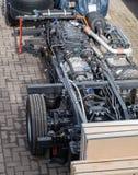 Scania-Busrahmen im Hafenwartetransport zur Fabrik stockbilder