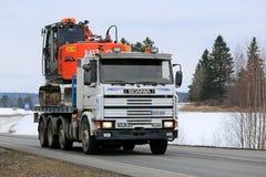 Scania 143M Truck Hauls Excavator Royalty Free Stock Photos