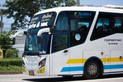 Scania ônibus de 15 medidores da empresa de Sombattour Fotografia de Stock Royalty Free