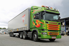Scania R520 Euro 6 V8 Semi Truck Stock Photos