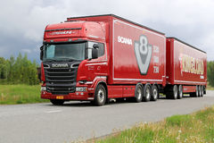 Scania R730 Euro 6 V8 Woodchip Truck on the Road Stock Images