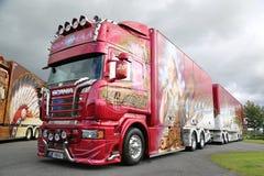 Scania R560 Madonna de Ristimaa en la demostración del camión del poder fotografía de archivo libre de regalías