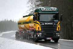 Scania R500 Tank Truck Trucking in Foggy Winter Weather Stock Images