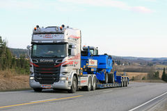 Scania R580 Transports Terex Fuchs Material Handler Uphill Royalty Free Stock Photo