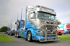Scania Semi Truck R620 V8 R.U. Route Stock Photos