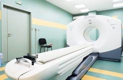 Scanner de CT (tomodensitométrie) dans un hôpital d'oncologie Photographie stock
