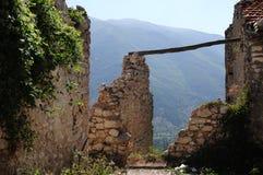 Scanno fratturaliten stad av Abruzzo Royaltyfri Foto