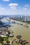 Scape города реки Chao Praya Стоковая Фотография RF