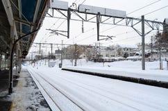 Scape da cidade do estação de caminhos-de-ferro no inverno, Japão de Otaru Imagens de Stock Royalty Free