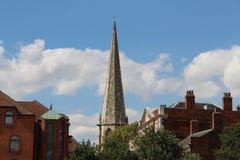 Scape de la ciudad de York con el cielo azul y las nubes Imagenes de archivo
