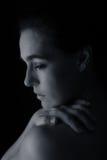 Scape del corpo della conversione artistica di emozione del collo e della mano della donna Fotografie Stock Libere da Diritti