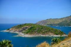 Scape hermoso del mar en el punto de opinión del cabo de Promthep, Phuket, Thailan Imágenes de archivo libres de regalías