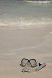 Scaphandre autonome sur la plage Photographie stock