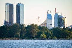 Scappe moderno de la ciudad de Tallinn Imagen de archivo libre de regalías