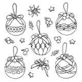 Scarabocchi dei giocattoli dell'albero di Natale di vettore su fondo bianco illustrazione vettoriale