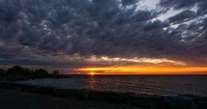 Scarborough fa il bluff durante l'alba a Toronto, Canada fotografia stock