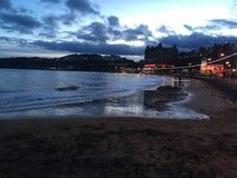 Scarborough-Strandnachtzeit stockbild