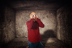 Scared man with 3d anaglyph glasses screaming Royalty Free Stock Photography