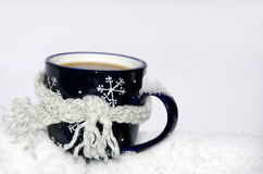 Scarf around coffee cup Royalty Free Stock Photography