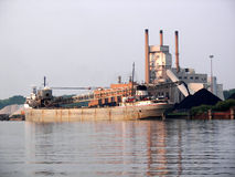 Scarico del carbone Fotografie Stock