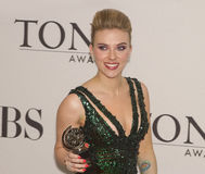 Scarlett Johansson bei 64 Jahrbuch Tony Awards im Jahre 2010 Stockbild