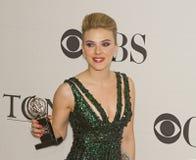 Scarlett Johansson en 64 la publicación anual Tony Awards en 2010 Imagenes de archivo