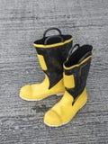scarpa dell'uomo del fuoco Immagine Stock