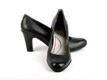 Scarpa di cuoio nera del tacco alto Fotografia Stock