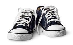Scarpe atletiche blu di paia vicino alla vista frontale Immagini Stock