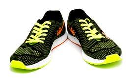 Scarpe correnti di sport isolate su un bianco Fotografia Stock