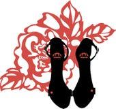 Scarpe d'avanguardia del tacco alto del nero della siluetta di modo Marchio alla moda Immagine Stock Libera da Diritti
