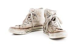 Scarpe da tennis di bianco di lerciume Fotografia Stock Libera da Diritti