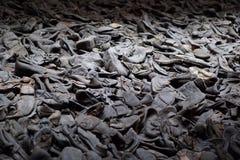 Scarpe dai prigionieri al museo di olocausto immagini stock libere da diritti