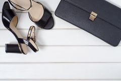 Scarpe del ` s delle donne e frizione della borsa Fotografia Stock