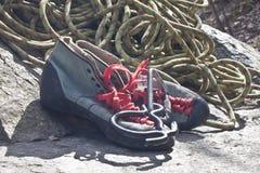 Scarpe della roccia Fotografia Stock
