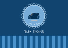 Scarpe di bambino sveglie sulla cartolina d'auguri, progettazione delle carte della doccia di bambino Fotografia Stock