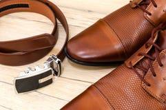 Scarpe di cuoio e fascia Fotografia Stock Libera da Diritti