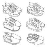 6 scarpe FRESCHE, scarpe da tennis, vettore, schizzo, insieme di tiraggio Immagini Stock