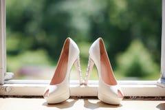 Scarpe moderne di nozze immagine stock libera da diritti