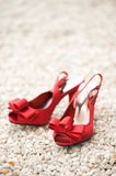 Scarpe rosse di nozze Fotografia Stock Libera da Diritti