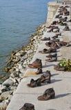 Scarpe sul Danubio a Budapest, Ungheria Immagini Stock Libere da Diritti